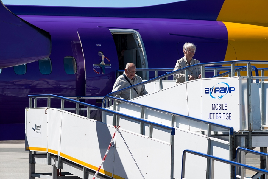 Cornwall-Airport-Newquay-Passengers-Board-Flybe-with-Aviramp