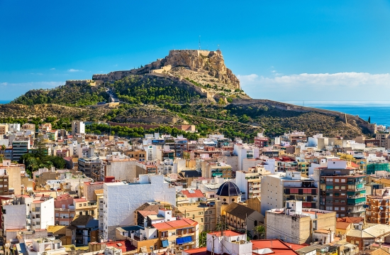 Alicante-Catstle-and-City-Rooftops-View_web